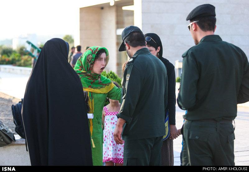 hijab1 narges mohamadi